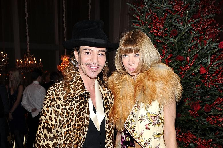 John Galliano Anna Wintour