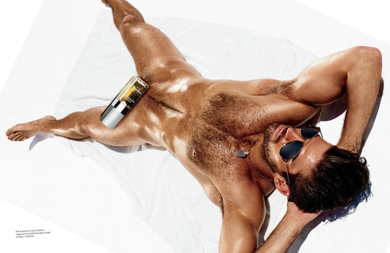 Bo Roberts naked