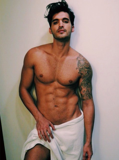 William Albuquerque naked Testino Towel series