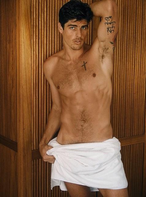 Evandro Soldati naked Testino Towel series