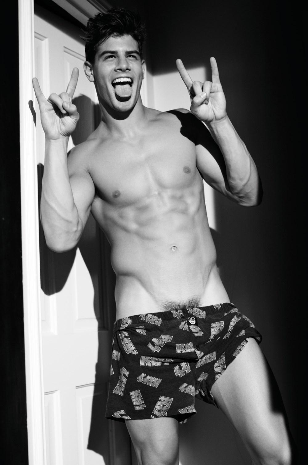 Rollacoaster Frankie Naked