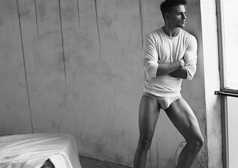 Sergio Carvajal naked