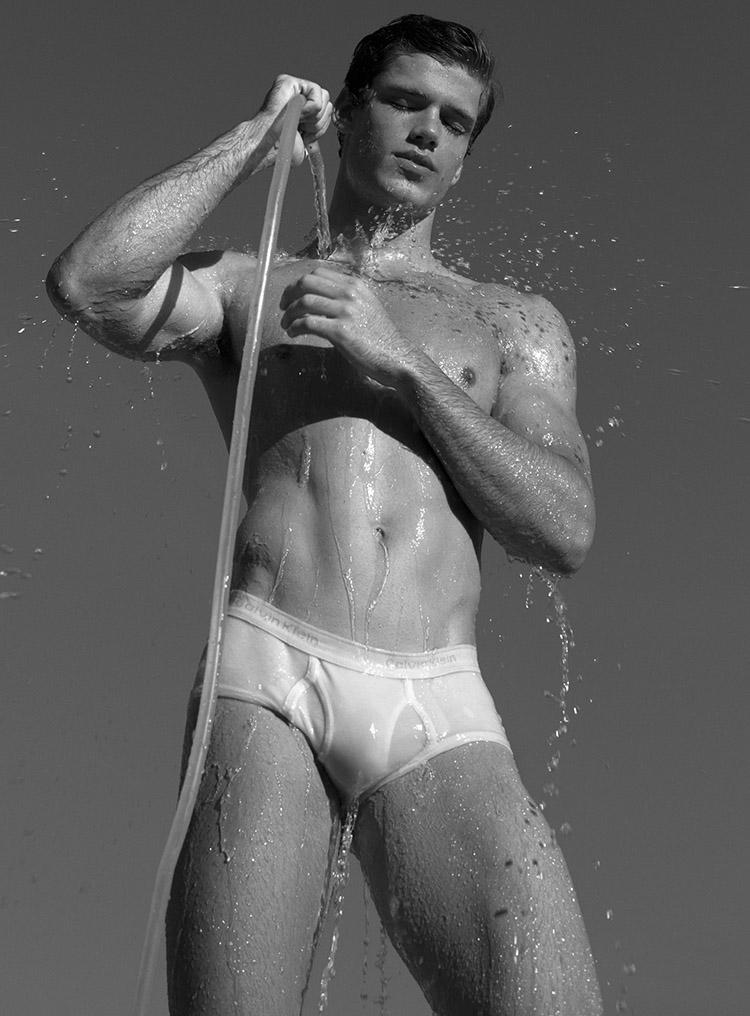 Gabriel Loureiro naked underwear