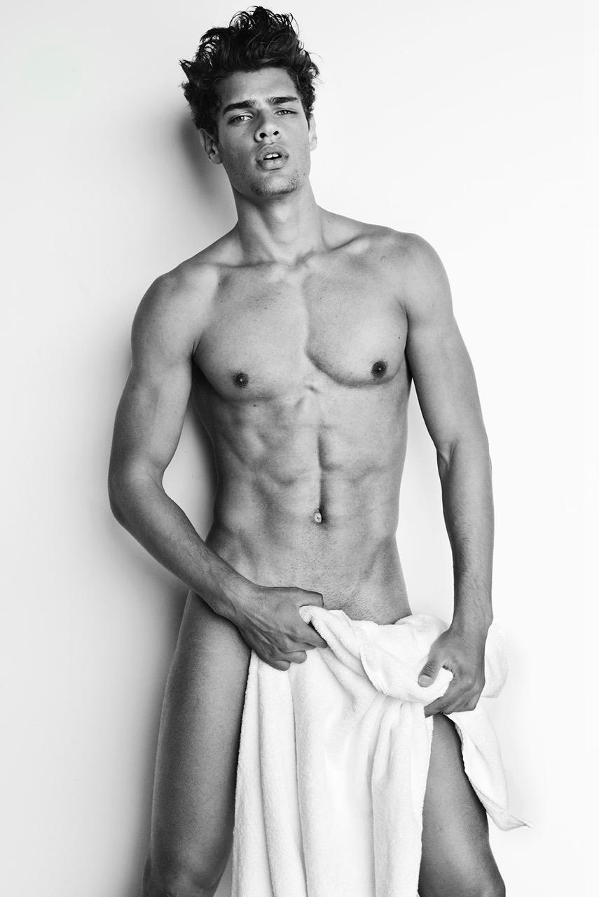 Lucas Loyola naked Testino Towel Series