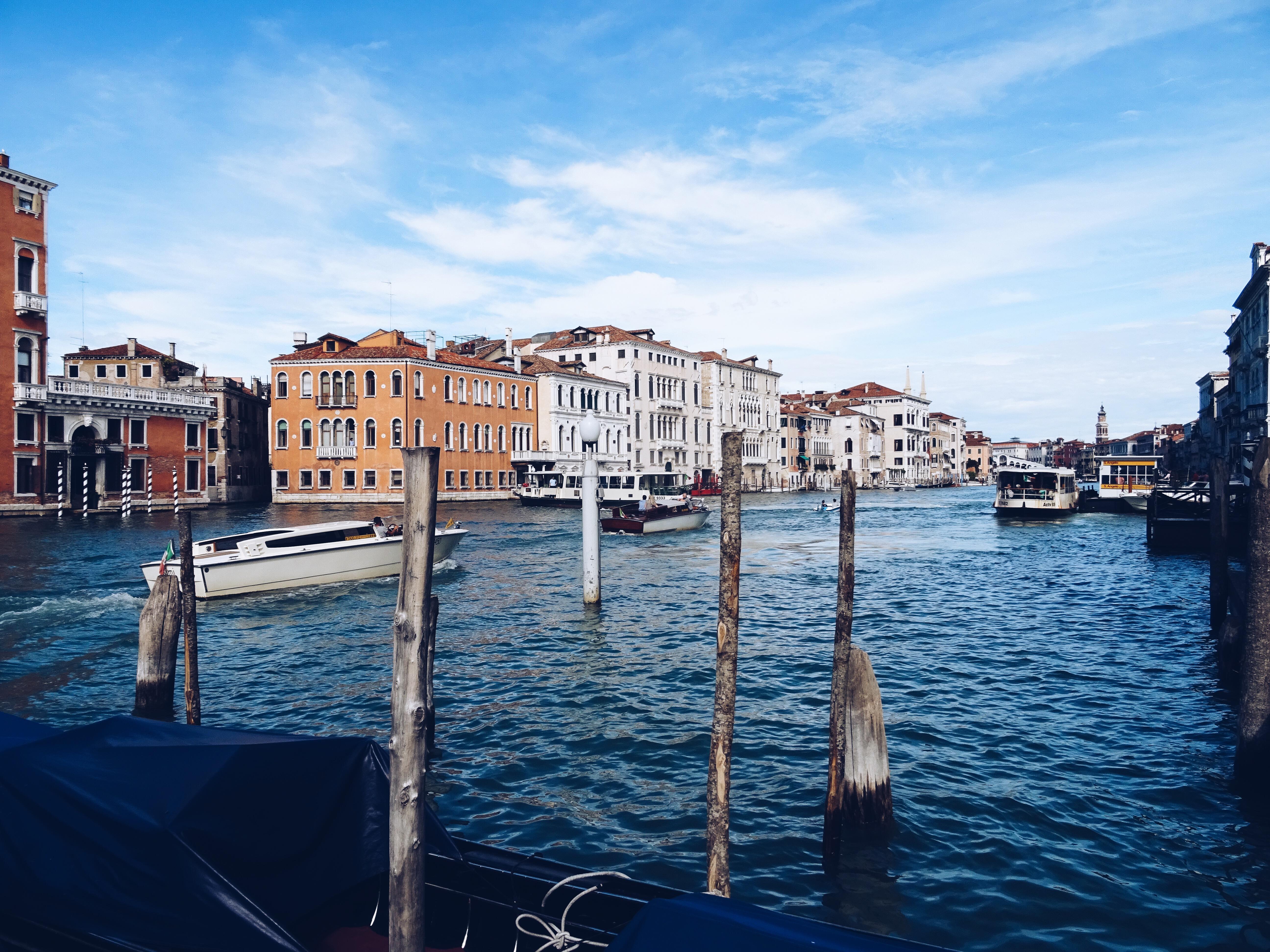 AW16 Mens Gucci Venice